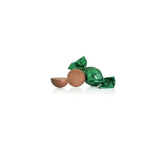 Grøn chokoladekugle med lys chokolade og cremet nougat-nøddecreme