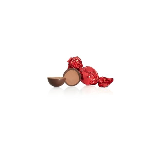Rød chokoladekugle  med macadamia nød