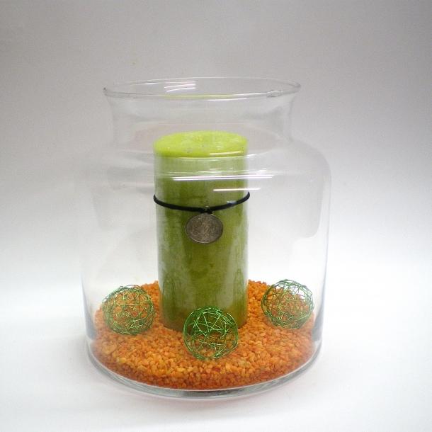 Buttet vase med kant