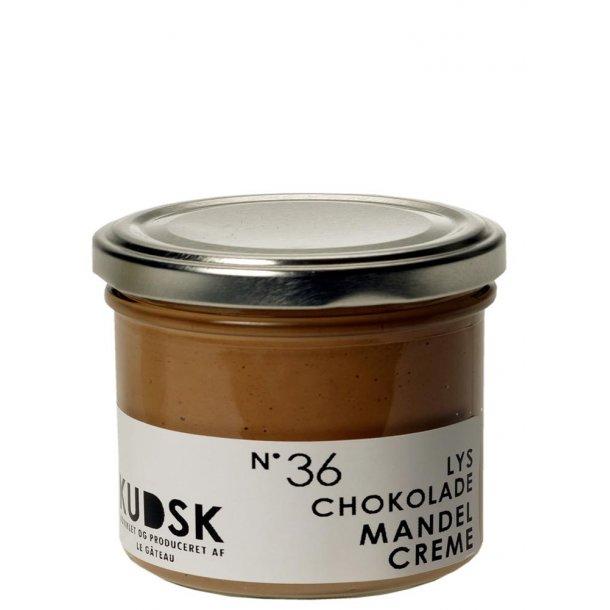 Lys chokolade mandel creme